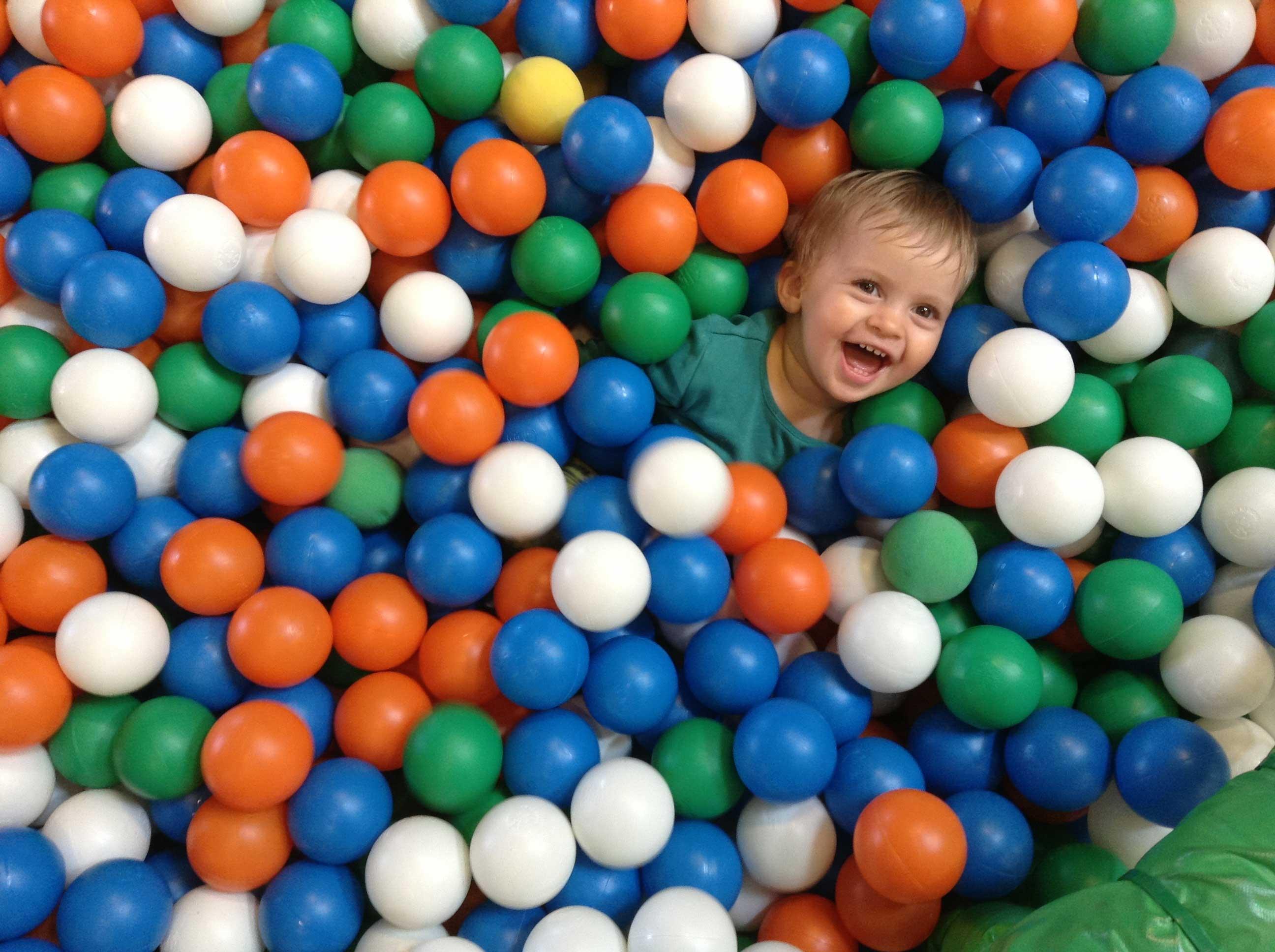 çocuk top havuzu