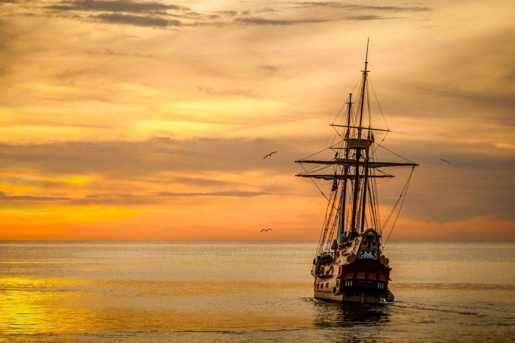 gün batımı gemi